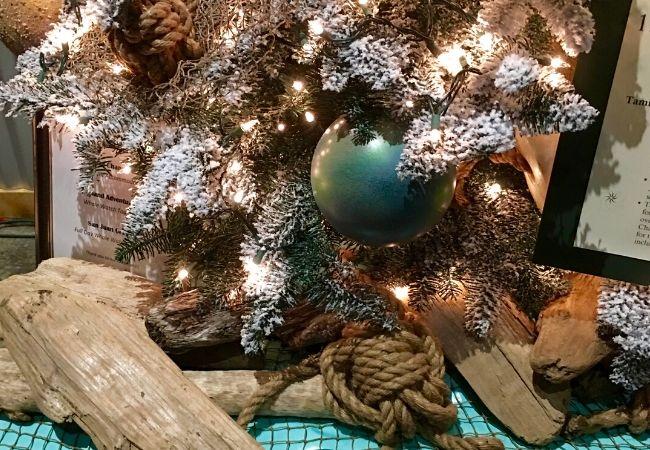Nautical Christmas Tree Rope and Driftwood