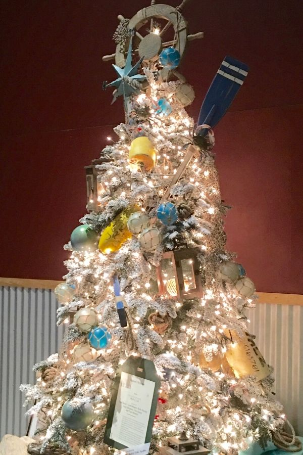 Nautical Theme Christmas Tree